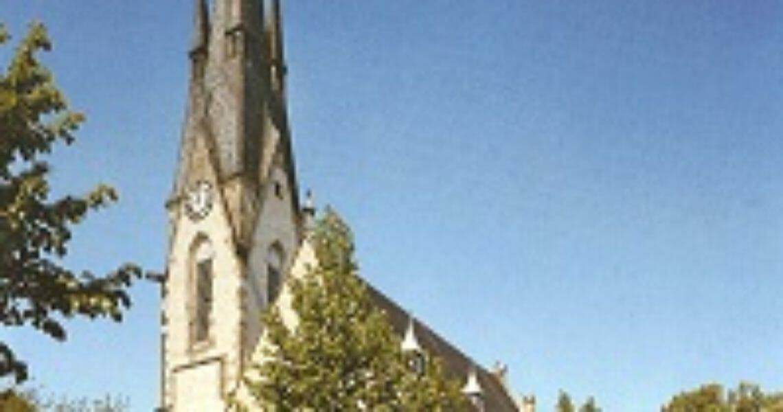 Kirche Vorderansicht