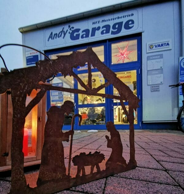 Andy`s Garage